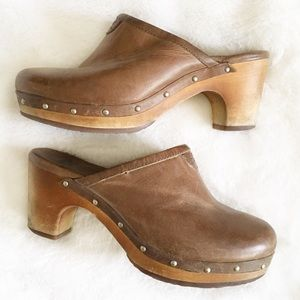 UGG 1951 Clog Mule Brown Studded Leather Size 6